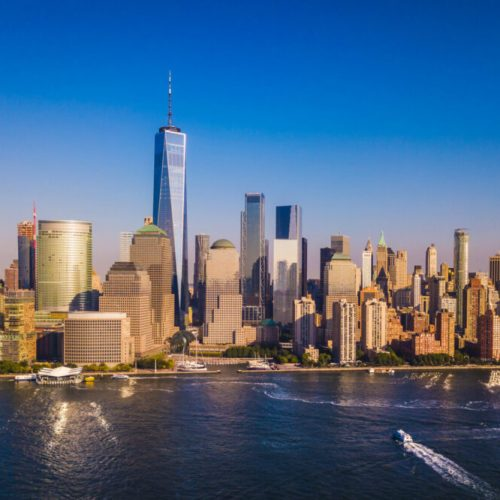 lower-manhattan-skyline-with-a-view-of-the-one-wor-PK49VLU.jpg